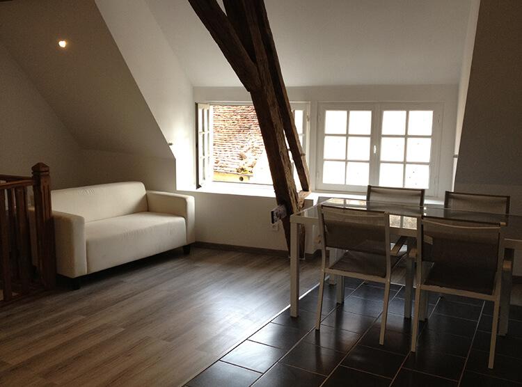 appartemment meubl esprit loft nevers ola location. Black Bedroom Furniture Sets. Home Design Ideas